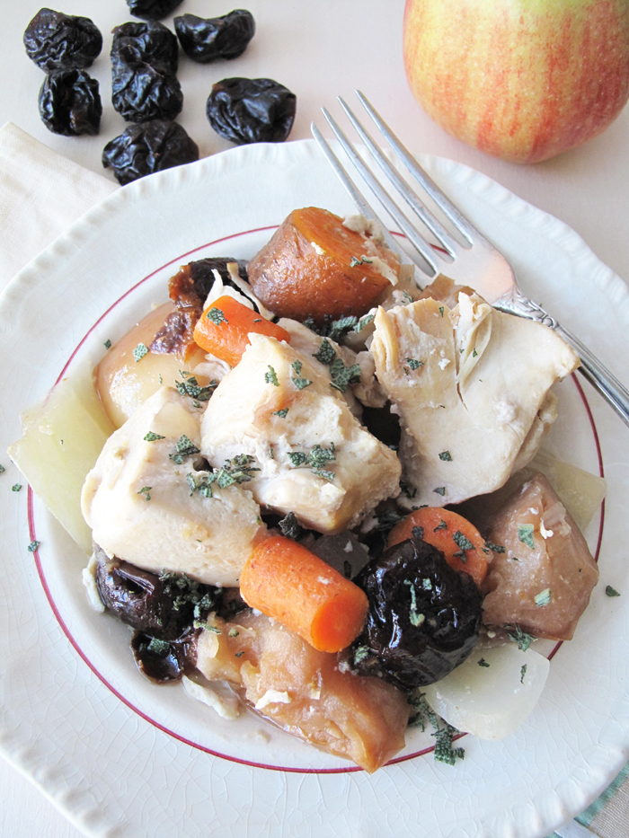 Paleo crockpot chicken with plums, carrots & apples. - asquirrelinthekitchen.com
