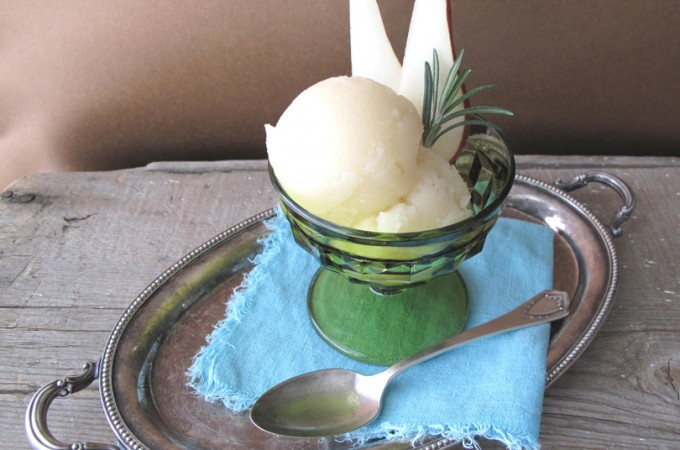 AIP / Rosemary Pear Sorbet – Easy Paleo Dessert Recipe with Fruits